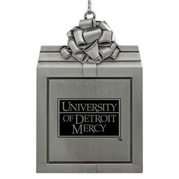 University of Detroit Mercy-Pewter Christmas Holiday Present Ornament-Silver