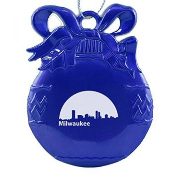Milwaukee, Wisconsin-Christmas Tree Ornament-Blue